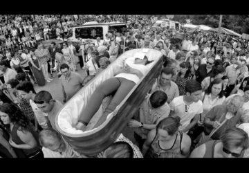 La romería de los muertos vivientes1920